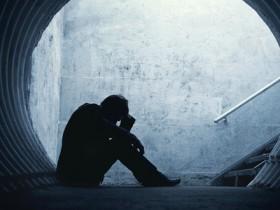 shutterstock_depressed