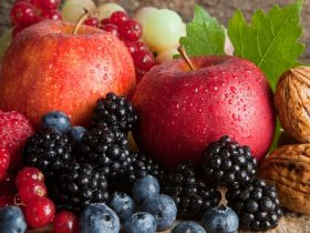 blueberries & apples m