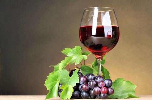 red wine m