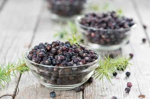 Juniper berries M