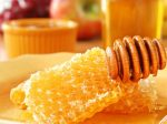 honey with honey comb M