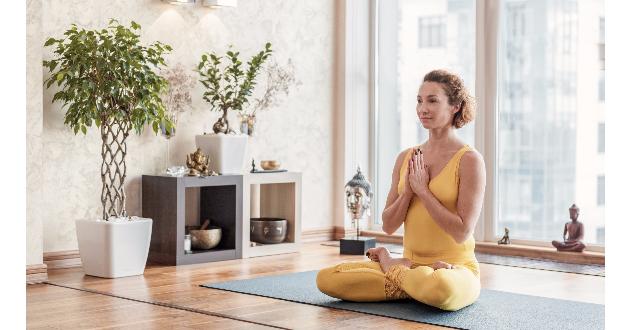 house yoga 101417