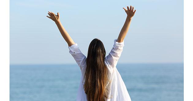 woman feeling energy-630