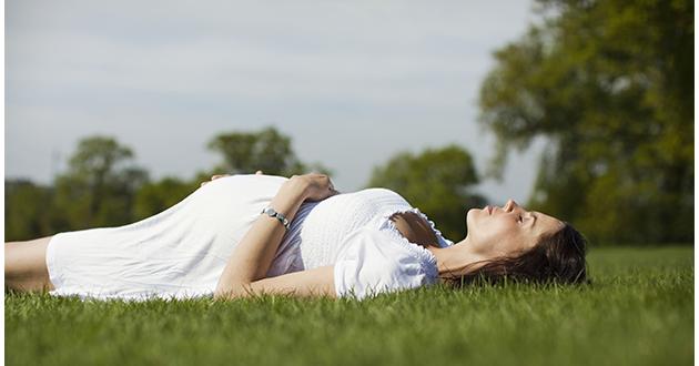 pregnant woman in the sun-630