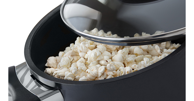 popcorn in a pot-630