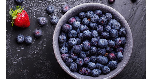 blue berries in a bowl-630