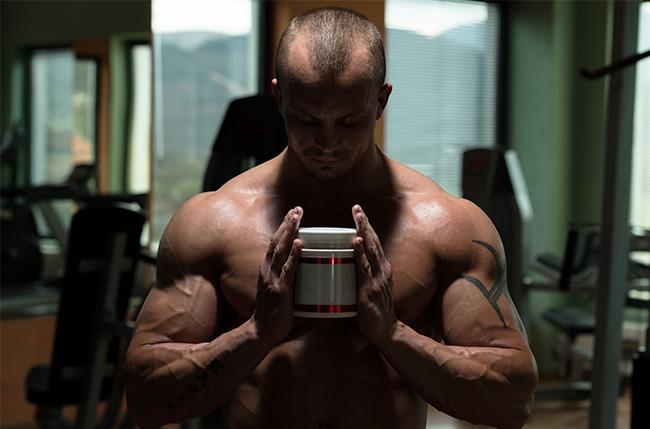 supplement and bodybuilder-630
