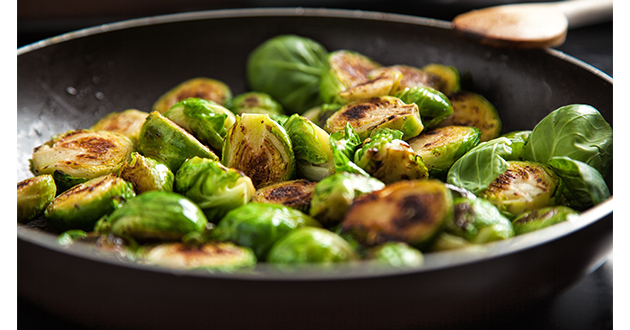 brussel sprouts on skillet-630