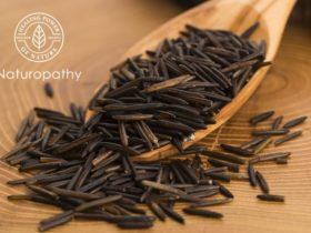 wild rice on wooden spoon-eyecatch