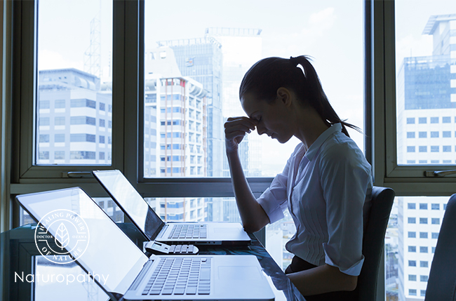 woman stressed out-eyecatch-cortisol