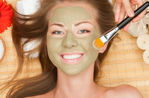 shutterstock_green clay mask