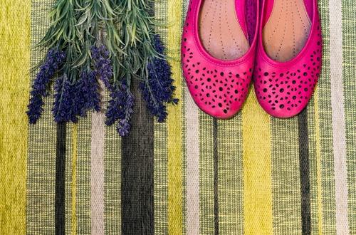 shutterstock_shoes & lavender