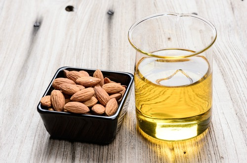 almond oil m