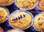 delicious lavender muffins with fresh flowers - sweet food /shallow DOFF/