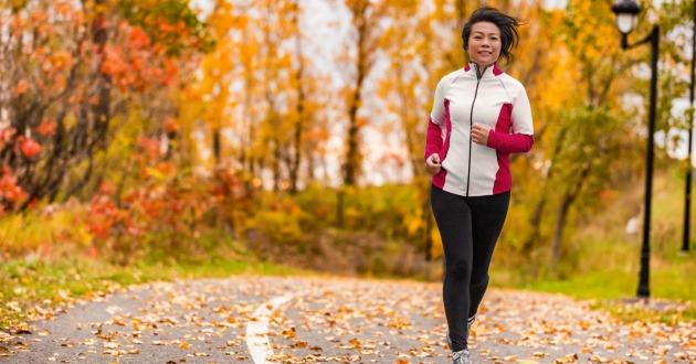うつ病対策にランニングなどのエクササイズは心身への効果的なアプローチ