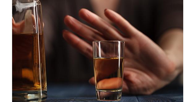 飲酒は髪にとって大切なミネラルである亜鉛を阻害する