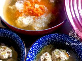 キャベツ鶏団子スープ