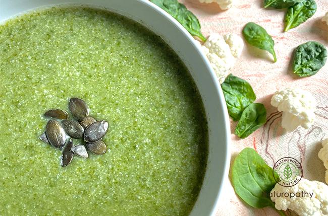 カリフラワーとほうれん草のスープ〜血液の質を上げて免疫力アップ〜